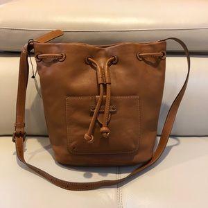 NWT Frye Olivia Bucket Leather Bag